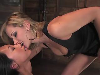 Hawt oriental gazoo licking thrall for white femaledominant