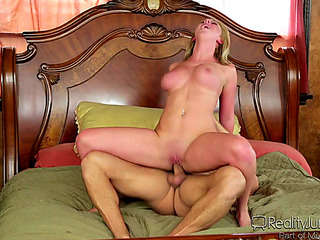 VГѓВdeos porno HD de Brooke Wylde fearsomethreatening Do U Crave Me fearsomemenacing Large Tit Dreams