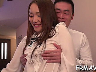 Asian's randy toying and oral sex