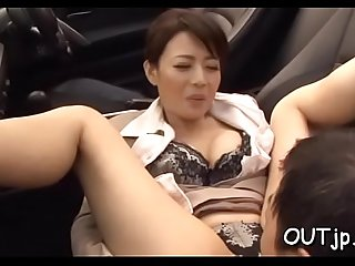 Naughty floozy '_s sissy licked and banged
