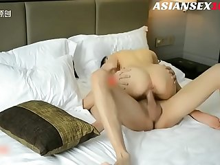 Chinese Model Hooker Sex with Boss  Full Version