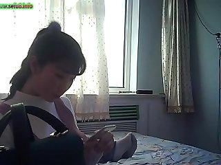 sefu8.info  91三贱客之牛奶哥搞完朋友的老婆再搞人家上大二的女儿720P高清无水印