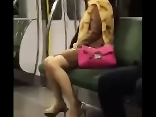 电车高潮女,实录