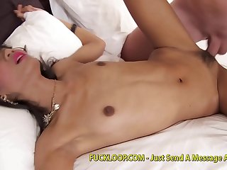 Skinny cutie knows how to fuck properly