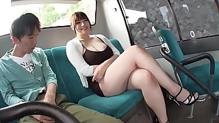 Sex - Young people sniff the vagina idols JAV is big Tits on the bus and the ending